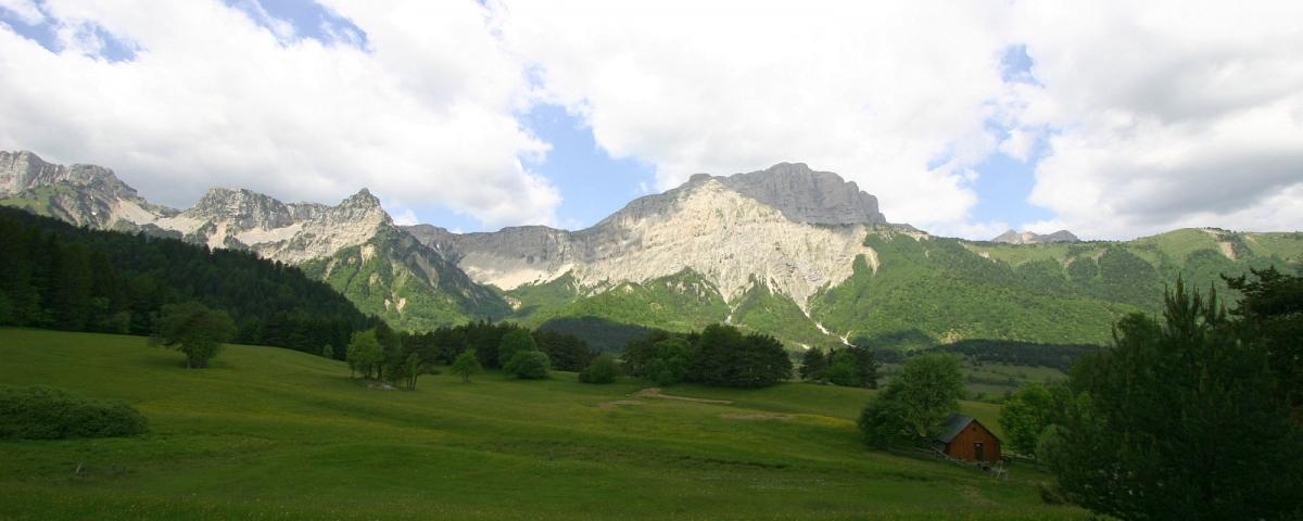 Autour du Mont Aiguille