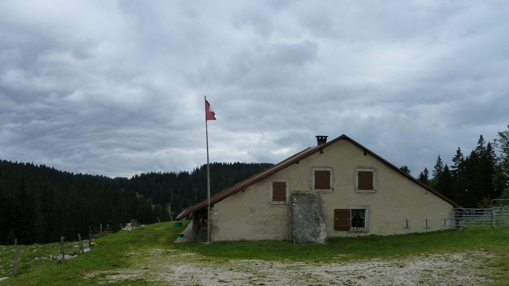 Le chalet d'alpage du Croue, sur les hauteurs d'Arzier-Le Muids, Vaud.