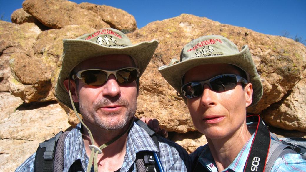 Stefano et Marie-Catherine sur le Peralta Trail, près de Phoenix, dans l'Arizona.