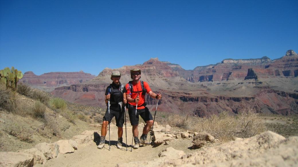 Stefano et Marie-Catherine au Tipoff, sur le South Kaybab Trail, au Grand Canyon.