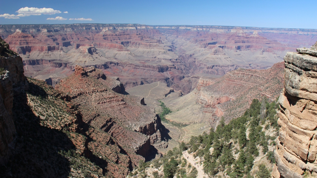 Vue depuis le South Rim du Grand Canyon, du sentier qui mène à Plateau Point.