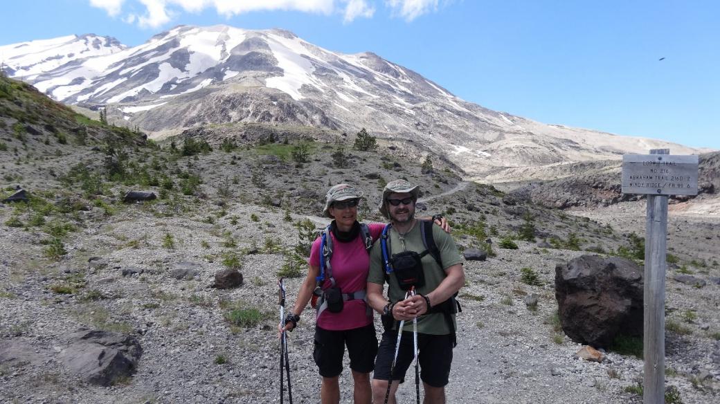 Stefano et Marie-Catherine vers Ape Canyon, aux pieds du Mont Saint Helens, dans l'État de Washington.