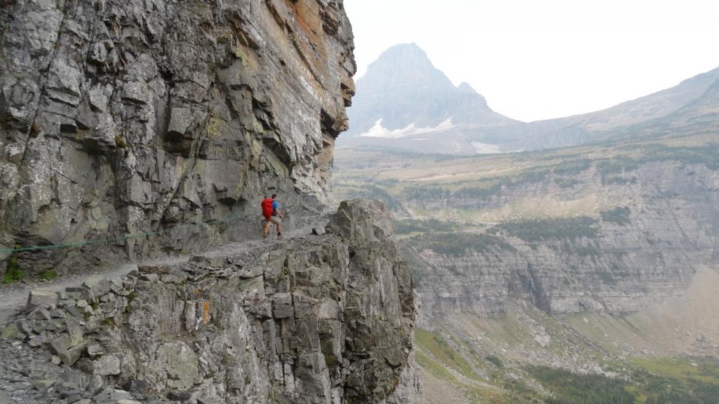 Stefano sur le derniers mètres du Highline Trail, avant d'arriver au Logan Pass. Glacier National Park, Montana.
