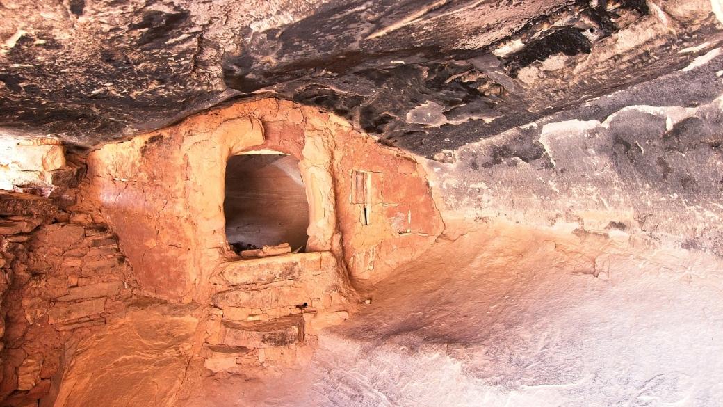 Petite construction à l'intérieur de Jailhouse Ruins, à Bullet Canyon, dans l'Utah.