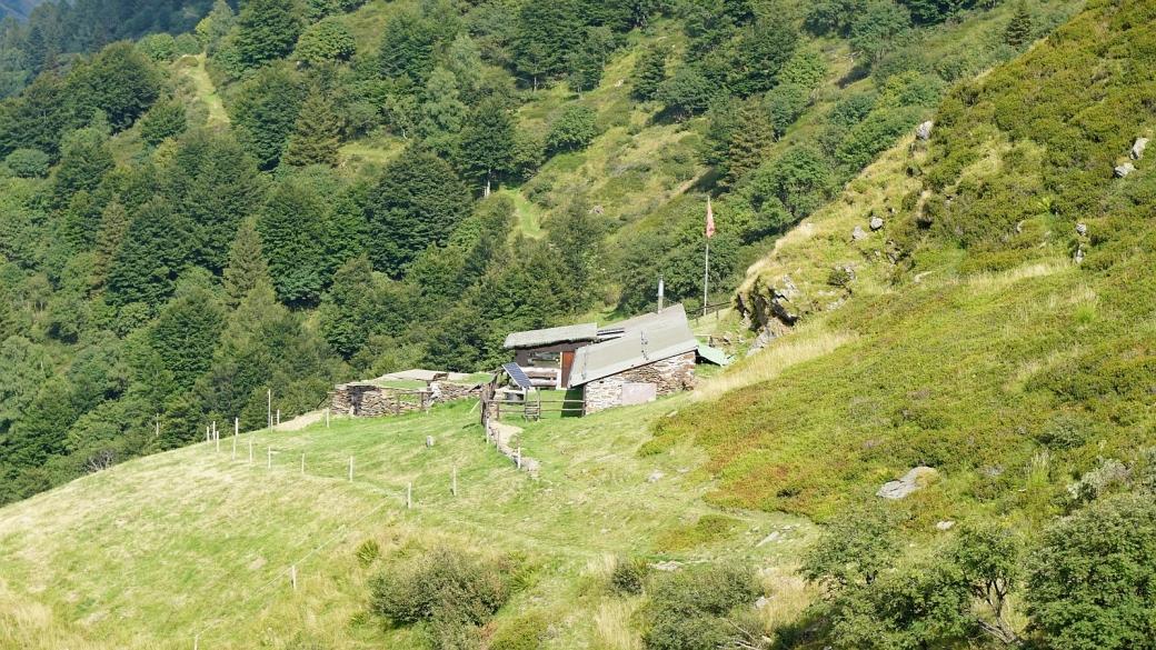 Alpe Ladrim, derrière le Monte Bar, au Tessin.