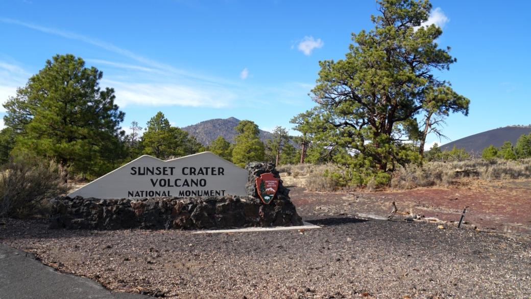 Panneau à l'entrée du Sunset Crater Volcano National Monument, côté est.